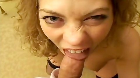 Blowjob from biting amateur Railee in pov