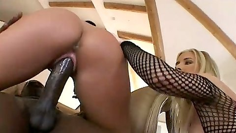 Cowgirl big dick sex for Taylor Lynn
