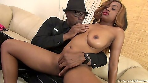 Ebony natural medium tits Honey Dropz