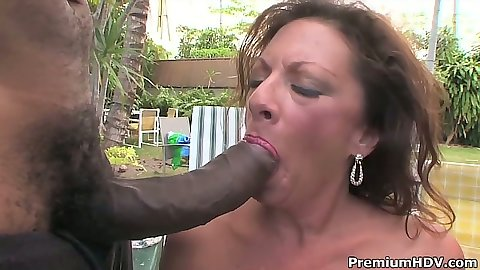 Blowjob from milf Margo Sullivan for big dick outdoors