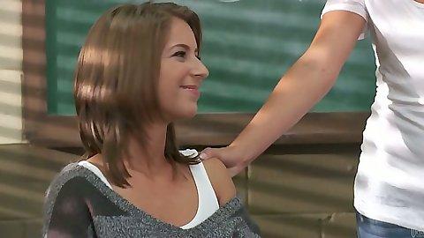 Veronica Avluv gets a practice dildo suck