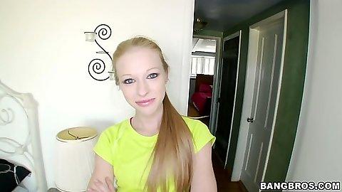 Blonde Avril Hall does a great tugjob handjob