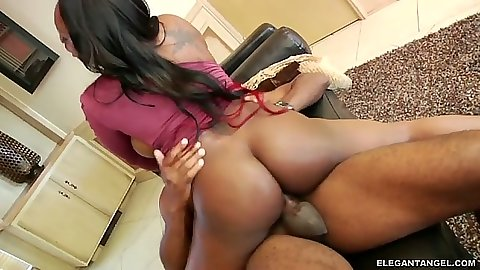Round ass ebony big tits hottie Jada Fire gets fucked with creampie cumshot