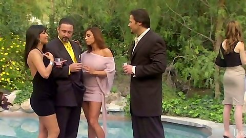 Outdoor fully clothed sluts with Carmen Hart having a drink