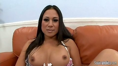 Natural medium tits Kayme Kai is an asian blowjob specialist