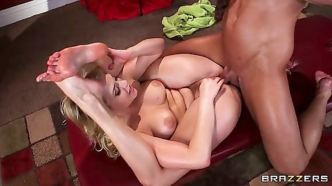 Flexible yoga position fuck with Mia Malkova after massage