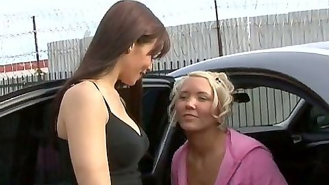 Outdoor lesbians Joselyn & Ryder coming in to undress