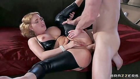 Milf Krissy Lynn getting anal ripped and sits on dick like good wife
