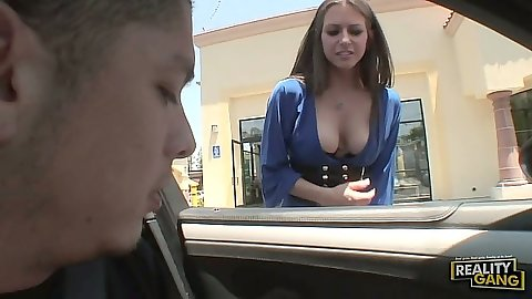 Public outdoor milf pick up for Rachel Roxxx