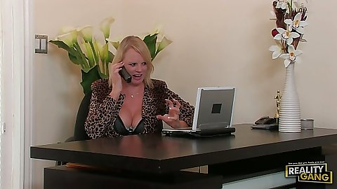 Naught mature milf Hayley Rivers in office