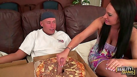 Pizza blowjob and handjob with Kitty Bella