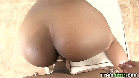 Round ass latina in bikini and oil Susana Pino fucked pov from behind
