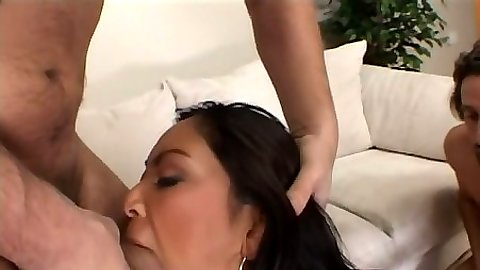 Blowjob and deep throat with latina slut in threesome sex