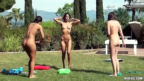 Outdoor skinny Luna C Kitseun and Layla Sin with Jennifer having a slut party