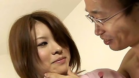 Asian making out in traditional dress