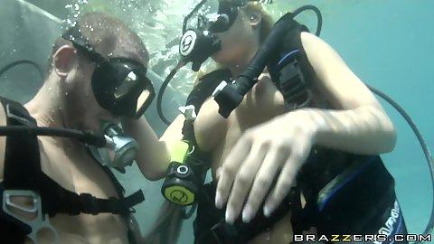 Underwater scuba diving sex practice