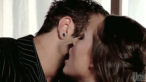 Kissing and blowjob from brunette woman Kristina Rose