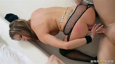 Rachel RoXXX puts cock into her own pussy for deep drop
