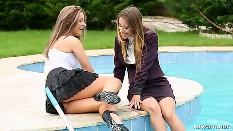 Nikky Thorne jumping in the pool lesbians for a wetlook