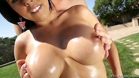 Big oily tits Diamond Kitty outdoors and blowjob