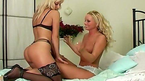 Silvia Saint and Jana Cova lingerie lesbian chicks
