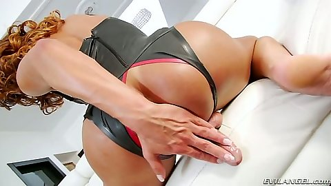 Max Scar and Gladys Adriane transsexual gay fuck