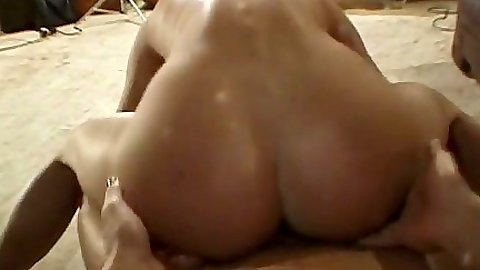 Reverse cowgirl Linda sex sweaty and moaning