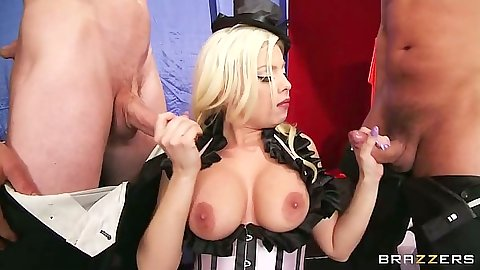 Big tits handjob with titty fuck entry for Britney Amber