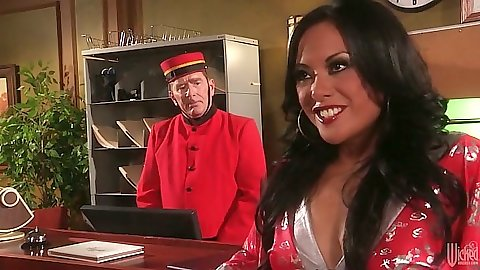 Kaylani Lei lingerie massage chick does hotel room massage
