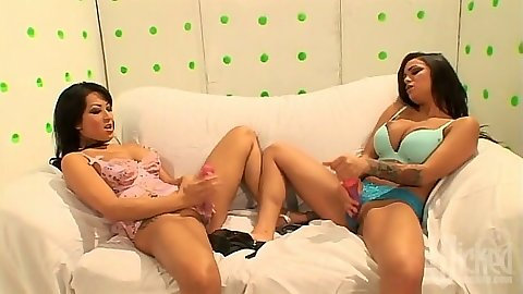 Masturbating milf lesbian chicks Gianna Lynn and Angelina Valentine
