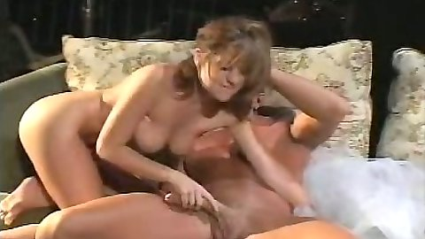 Handjob and reverse cowgirl fuck with dumper bitch