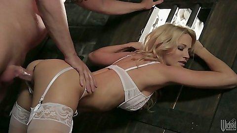 Bras and panties blonde babe milf fucked with panties aside jessica drake