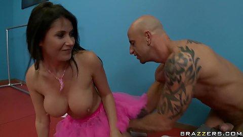 Big tits Eve Karera gets licked under ballerina skirt
