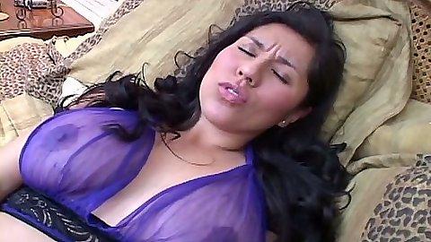Latina lingerie milf masturbation for her hair pussy top Raquel Amante