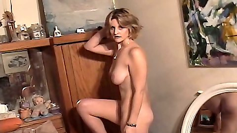Solo natural tits amateur Tiere Jade posing on home video shot