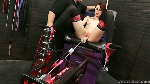 Skinny small tits fetish machines gonzo fucking with Melly Winters
