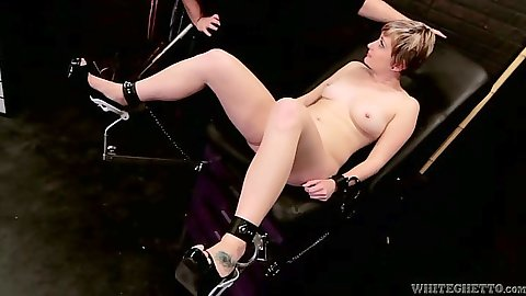 Machines medium tits chick Nora Skyy spreads legs