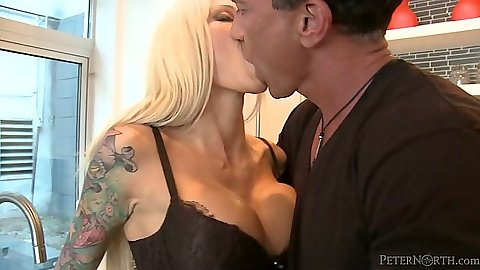 Kissing and blowjob with lingerie slut Rikki Sixx