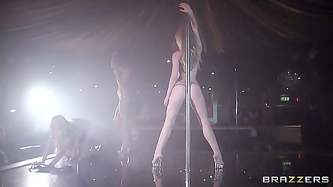 Stripper Angel Wicky dancing away in the strip club