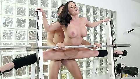 Sinful athletic Kendra Lust fucked on the bench press
