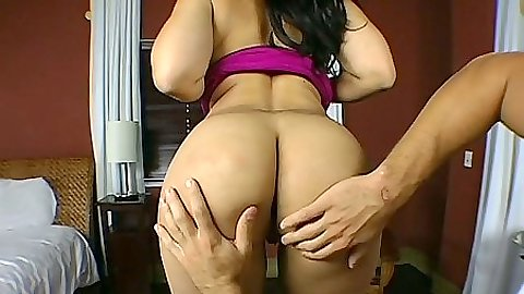 Big ass worship and blowjob with Pinky