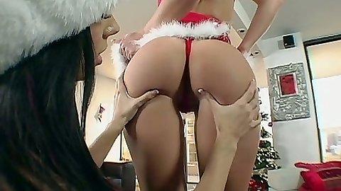 Xmas ass lesbians Jayden Jaymes and Rachel Starr
