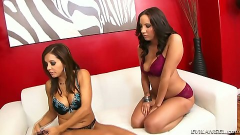 Lesbian bras and panties girls Francesca Le and Kelly Divine ass licking