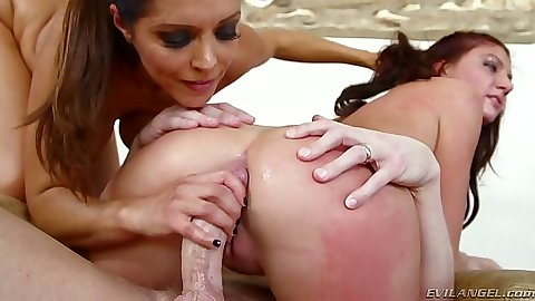Francesca Le and Cassandra Nix help each other to deep anal cock insertions