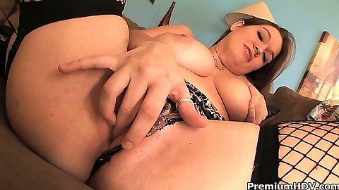 Masturbation and blowjob with natural hanging down boobies Cassandra