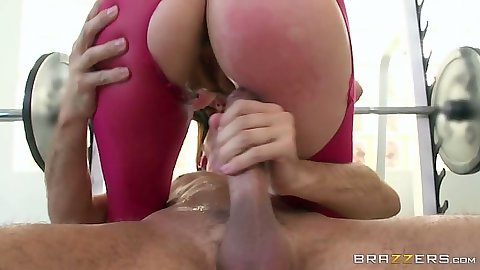 Cowgirl and reverse hairy squirting work out fuck from athletic Holly Michaels