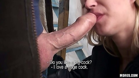 Public blowjob in the back alley and standing fuck from Linda Ray including pov