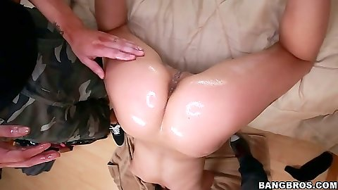 Oiled up Jynx Maze has perfect ass and good blowjob skills