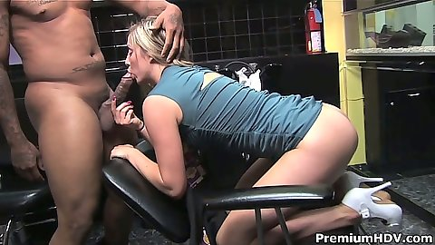 Blonde Malia Kelly taking dick in her mouth in hair salon