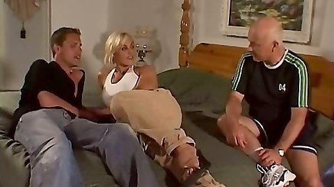 Blonde milf Britany Craft gets naked and shows great tits
